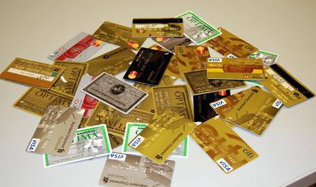 Carte credito clonate,arresti in Sicilia