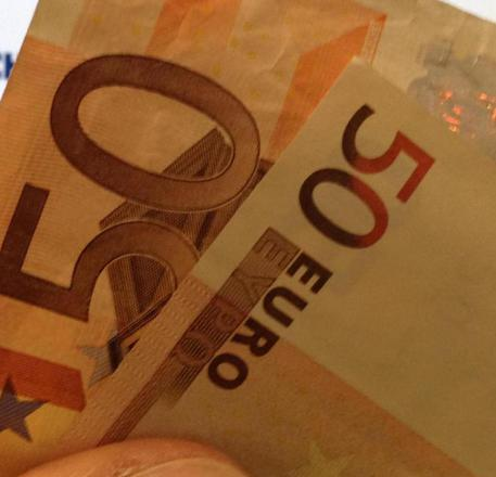 Fisco: Uil, in 2 anni pagati 7 miliardi di tasse locali in più
