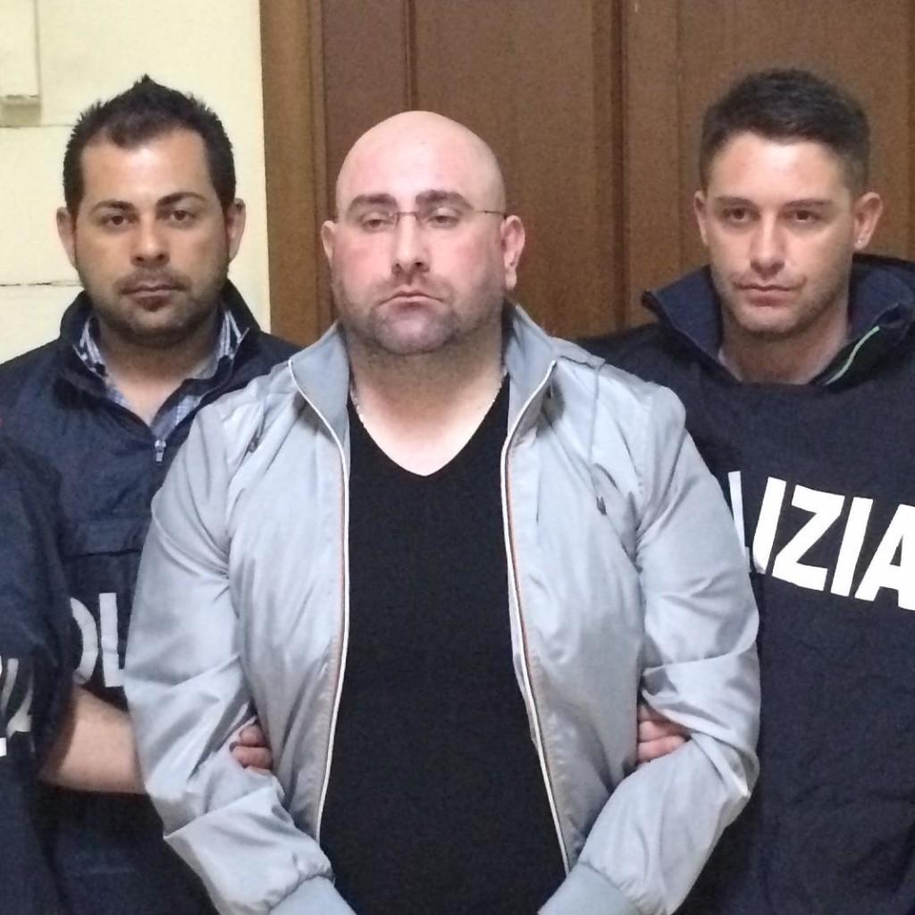 La Polizia di Stato ha tratto in arresto il latitante camorrista Manganiello Roberto