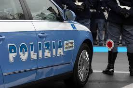 Cedeva marijuana e cocaina alla figliastra in cambio di rapporti sessuali.  55enne arrestato dalla Polizia