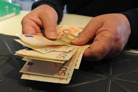 LECCE: SEQUESTRATI BENI PER OLTRE 13 MILIONI DI EURO AD UN'ORGANIZZAZIONE DEDITA AL MALAFFARE
