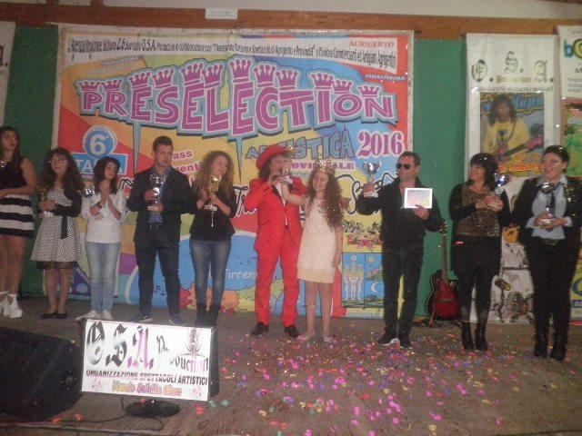 Nuccio Scibilia reuccio dello show comunica i vincitori del tour agrigentino