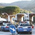 """Operazione """"Safety car""""  Servizi straordinari di controllo del territorio volti al contrasto di furti e rapine in danno di autovetture e motocicli"""