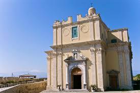 Milazzo. Bagli suggerisce la realizzazione di spazi per la vendita di souvenir al Castello