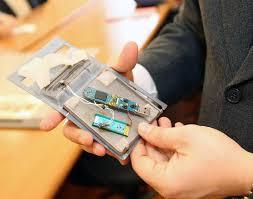Criminalità: clonavano carte di credito, 12 arresti
