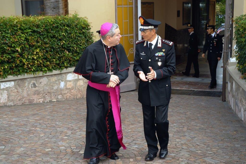 """Visita dell'Ordinario Militare d'Italia al Comando Interregionale Carabinieri """"Culqualber"""" di Messina"""