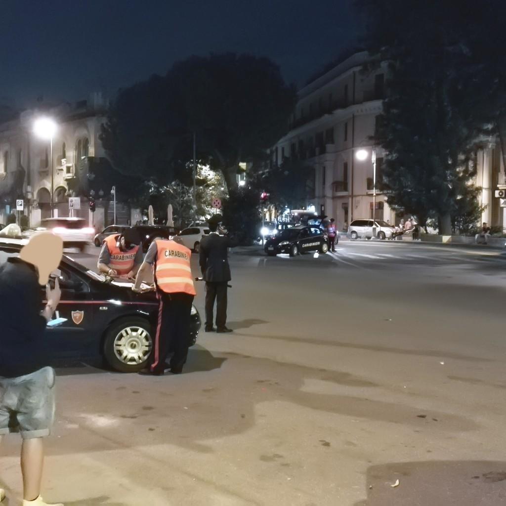 Messina: scatena il panico in via Garibaldi. Bloccato dai carabinieri e arrestato