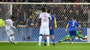 Vince la Juve in Champions, ma quanta fatica!