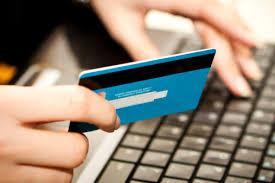 Truffe online. La Polizia denuncia due truffatori Raggirato utente del web per 380 euro