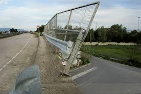 Ripristinato il guard rail sull'asse viario di Milazzo