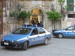 La Polizia di Stato di Catania ha arrestato  una donna di 40 anni  per furto nelle abitazioni dove svolgeva attività di pulizie