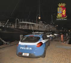 La Polizia di Stato di Genova ha sgominato una banda criminale dedita alla falsificazione dei documenti e al favoreggiamento dell'immigrazione clandestina
