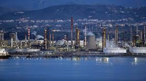 Il consigliere Nino Italiano chiede conferenza capigruppo sulla Raffineria