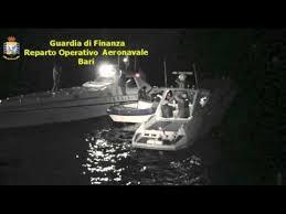 GUARDIA DI FINANZA: BLOCCATO IN MARE UN CONSISTENTE CARICO DI MARIJUANA PROVENIENTE DALL'ALBANIA