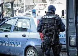 """LA POLIZIA DI STATO DI PALERMO ARRESTA PER ESTORSIONE 4 PREGIUDICATI PALERMITANI, TRA CUI UN ESPONENTE DI SPICCO DI """"COSA NOSTRA"""""""