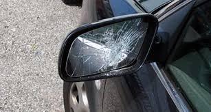 Truffa dello specchietto. Una coppia di truffatori denunciati dalla Polizia di Messina