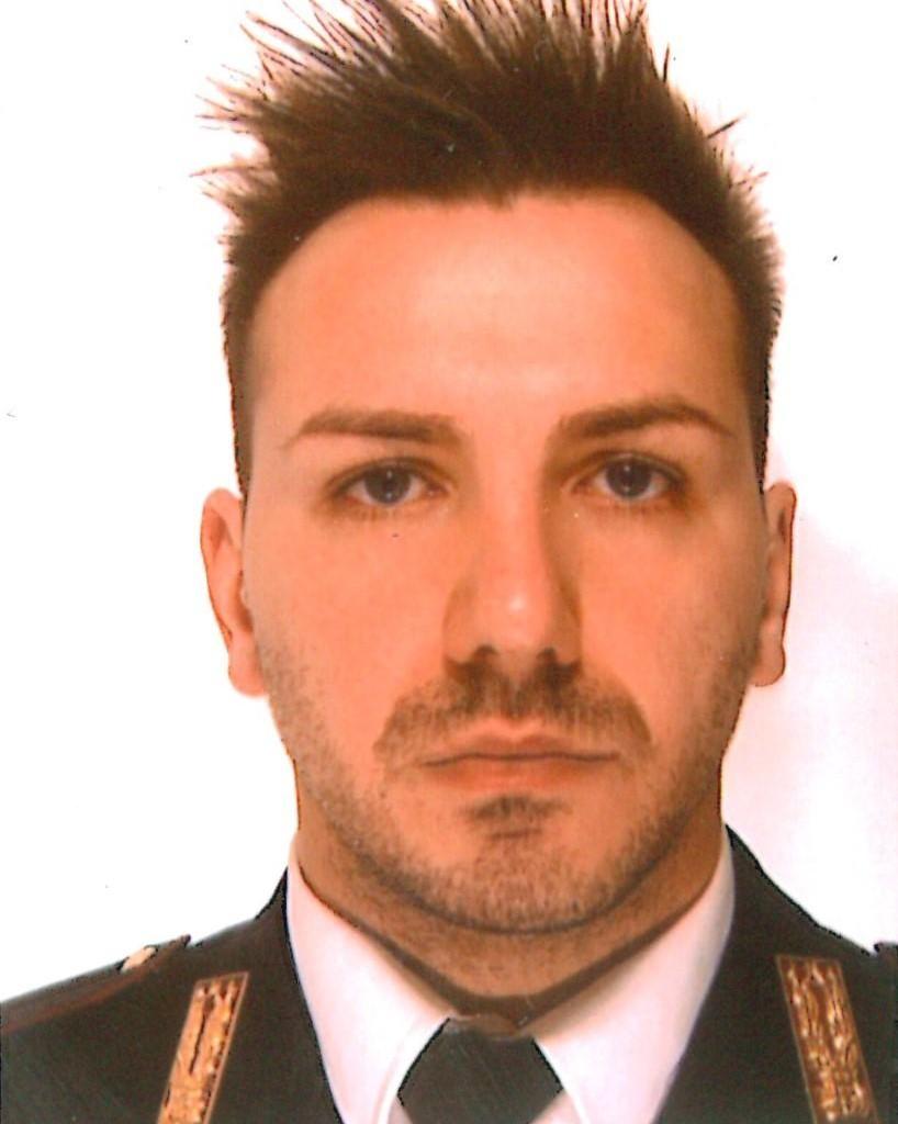 Ieri, 2 febbraio ha perso la vita, nell'adempimento del dovere, l'Agente Scelto Francesco Pischedda 29 anni, in servizio presso la Sottosezione di Bellano(LC)