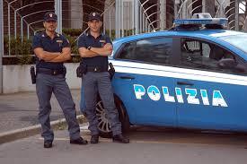 La Polizia sta eseguendo a Nuoro una vasta operazione antidroga