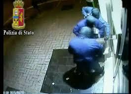 LA POLIZIA DI STATO DI BARI SMANTELLA ORGANIZZAZIONE CRIMINALE DEDITA A NUMEROSI ASSALTI AGLI SPORTELLI BANCOMAT