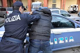 Foggia, la Polizia esegue 13 misure cautelari per associazione a delinquere e traffico di droga