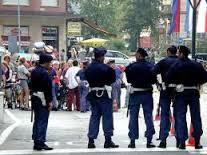 Polizia di Stato – Settore Polizia di Frontiera Luino – Squadra Mobile Bolzano, arrestati 2 rapinatori seriali grazie alla collaborazione della Polizia Austriaca e Francese
