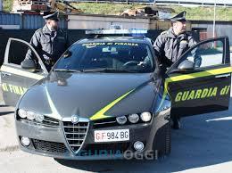 Catania, i finanzieri hanno dato esecuzione ad un'ordinanza di custodia cautelare nei confronti di 17 soggetti  indagati