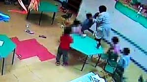 Benevento, un'insegnante, che maltrattava i bimbi, interdetta dai pubblici uffici per un anno