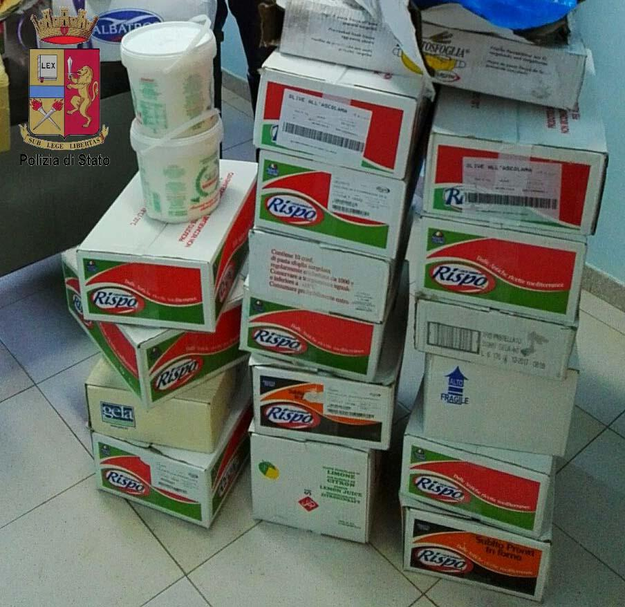 Continuano i controlli ai mezzi adibiti al trasporto di alimenti.  Sequestrati 900 Kg di surgelati destinati a locali di ristorazione. Denunciate tre persone