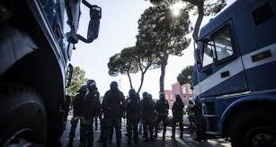 ROMA.60 ANNIVERSARIO TRATTATI DI ROMA.  ULTERIORMENTE INTENSIFICATI I CONTROLLI . SEQUESTRATE SPRANGHE E MASCHERE ANTI GAS