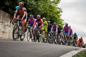 Prosegue il 100 ° Giro d'Italia, che arriva oggi a Firenze per l'undicesima tappa Firenze-Bagno di Romagna