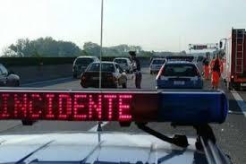 Barcellona P.G. – Giovane investito sull'A20 da un'auto che non si è fermata.  Identificato dalla Polizia Stradale il pirata della strada