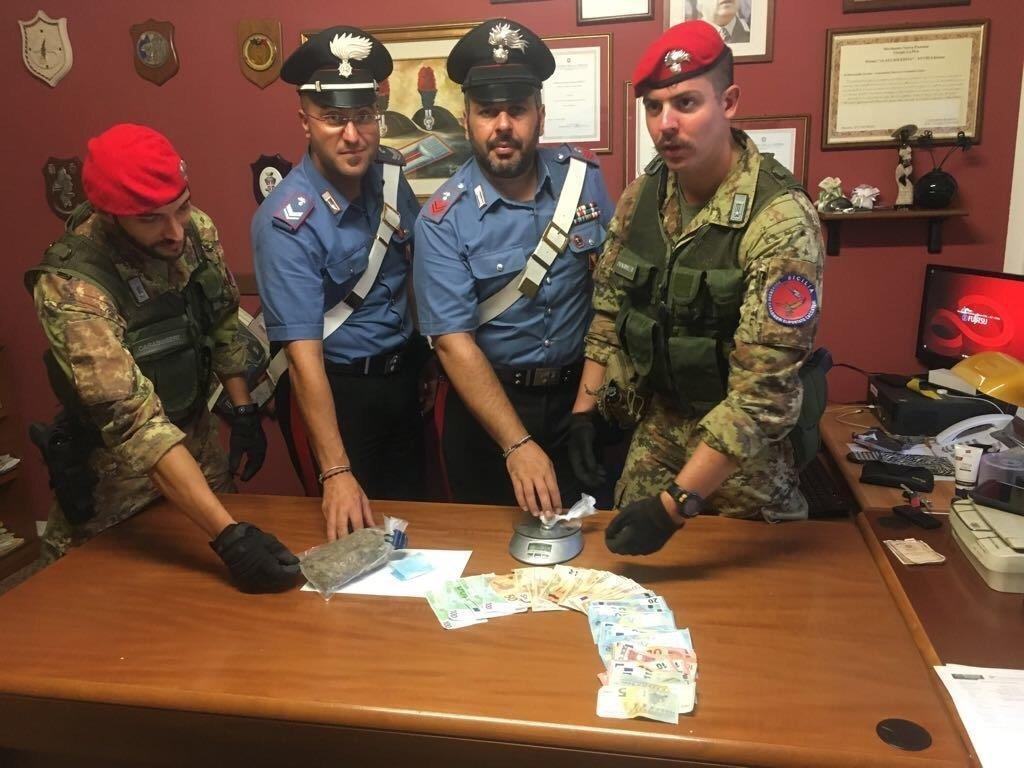 Messina: blitz antidroga dei carabinieri al Rione Mangialupi, 3 arresti