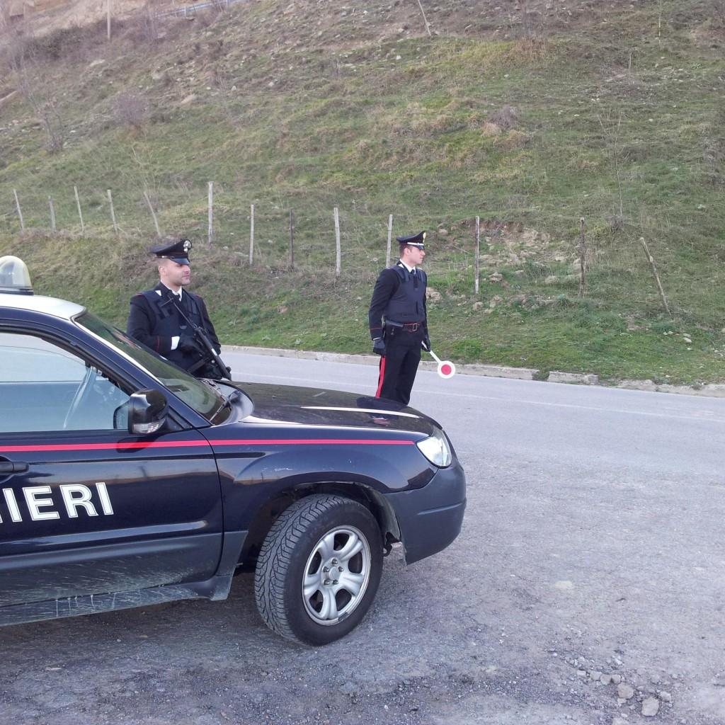 Controlli nell'area dei Nebrodi: i Carabinieri di Mistretta ed i Cacciatori di Sicilia arrestano un agricoltore che deteneva un'arma clandestina