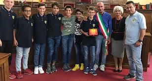 Il sindaco Formica premia i ragazzi della Folgore, campione italiani di calcio Under 12