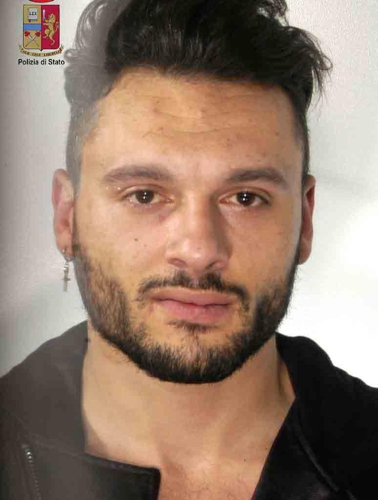 Barcellona P.G. – Oltre 10 Kg di marijuana in auto. Arrestato 29nne
