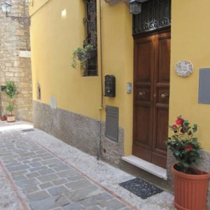 Antico Portale, l'ospitale raffinatezza umbra  in un accogliente Borgo Medievale