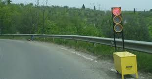 Santa Teresa di Riva, rubati i due impianti semaforici che regolavano il transito sul tratto della strada provinciale 23 di Misserio interessato da cedimento