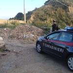 Nonostante sottoposto agli arresti domiciliari, realizza un allaccio abusivo alla corrente elettrica e viene arrestato dai Carabinieri