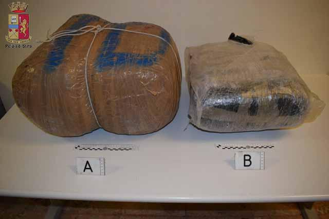 Messina. Oltre 30 Kg di marijuana in auto. Arrestato 54enne