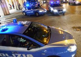 La Polizia di Stato di Latina ha portato a termine questa mattina una complessa attività investigativa a  carico di alcuni soggetti extracomunitari considerati responsabili di un vero e proprio traffico di esseri umani dall'Italia verso altri paesi UE