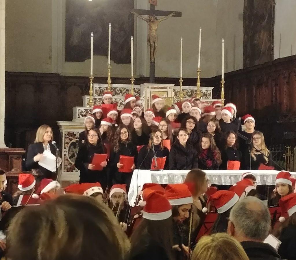 NATALE IN CORO. L'I.T.T. E Majorana di Milazzo e l'Istituto Comprensivo Bastiano Genovese di Barcellona Pozzo di Gotto insieme per il Concerto di Natale