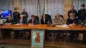 """Operazione """" Pietranera """" """" ´Ndrangheta """" – """"Mafia rurale"""" nel basso versante jonico catanzarese. La Polizia di Stato arresta 7 esponenti della cosca GALLELLI, autori di estorsioni"""
