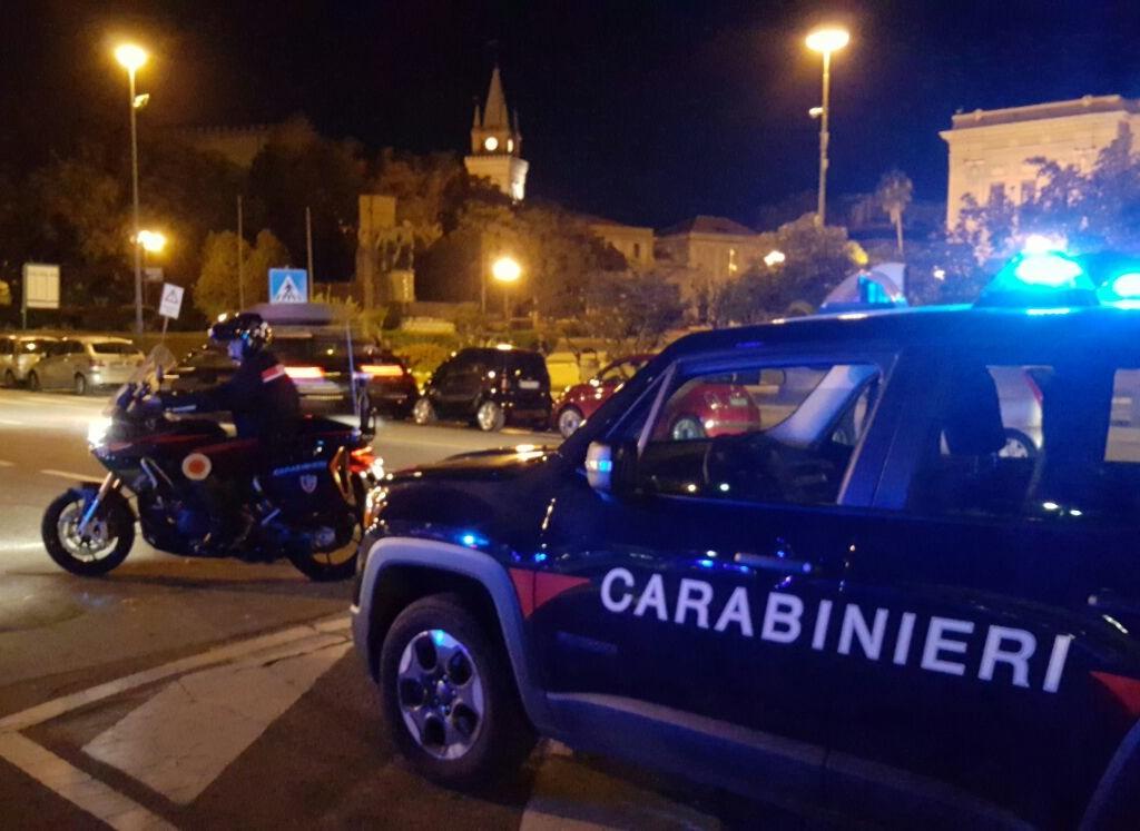 Messina: intensificazione dei controlli nel periodo festivo, arresti dei carabinieri in zona sud