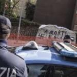 Roma: Minniti e Gabrielli pranzano con gli agenti del Reparto mobile