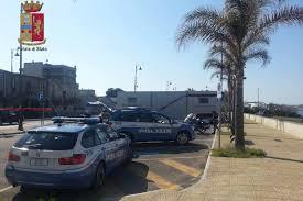 La Polizia di Stato di Barcellona P.G. sequestra quattro scuolabus.  Elevate sanzioni per migliaia di euro