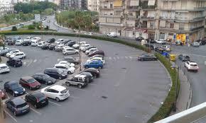 Consiglio comunale sui parcheggi, decisione rinviata a giovedì mattina
