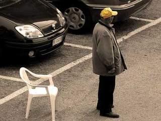 Denunciati per tentata estorsione e sottoposti a Daspo Urbano: la Questura di Messina continua la lotta contro i parcheggiatori abusivi