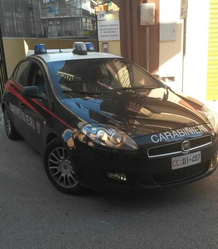 Evade dagli arresti domiciliari per raggiungere la compagna in Provincia di Caltanissetta