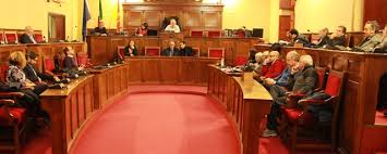 Consiglio comunale di Milazzo approva due mozioni e una commissione d'inchiesta sugli impianti sportivi