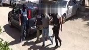 La Digos di Bari conduce un'operazione antiterrorismo